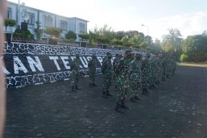 Foto peserta Apel Pagi TNI AL di Lapangan Mako Lantamal IV
